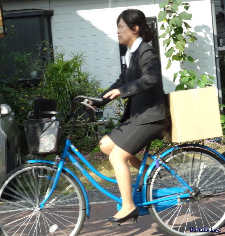 こちらは、自転車にダンボール ...
